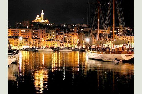 Marseille le vieux port - Pharmacie de garde marseille vieux port ...